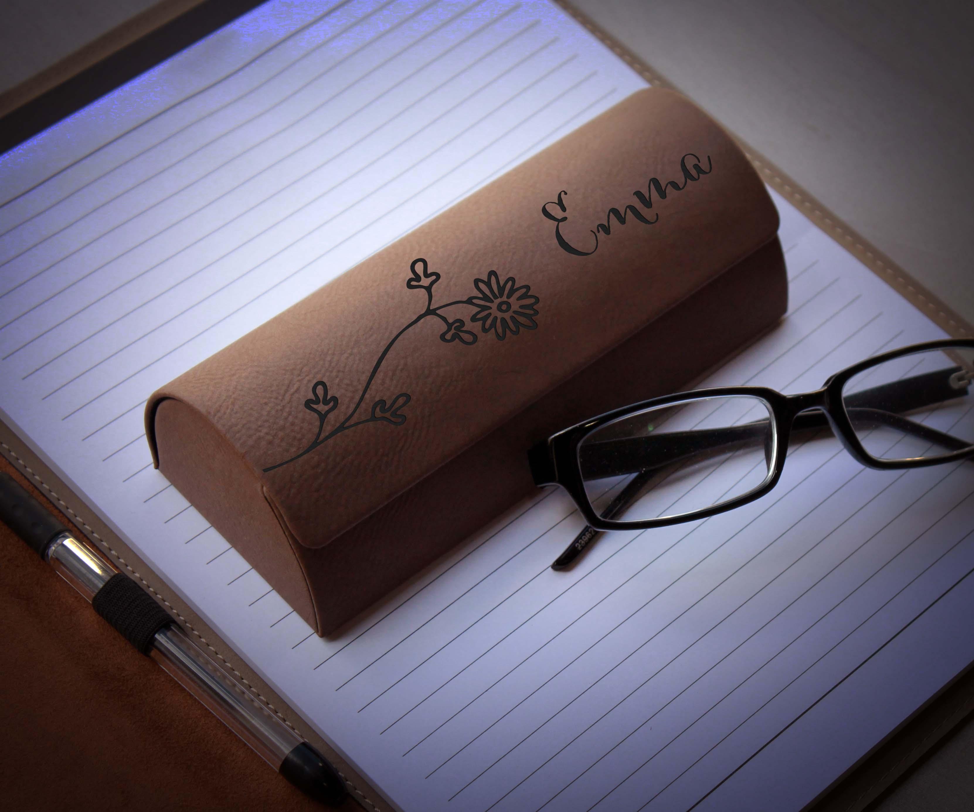 Personalized Glasses Case | Emma