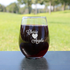 Personalized Wine Glasses | Cherrie and Angelo
