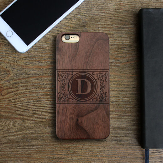 Personalized Wood Iphone Case   Damask