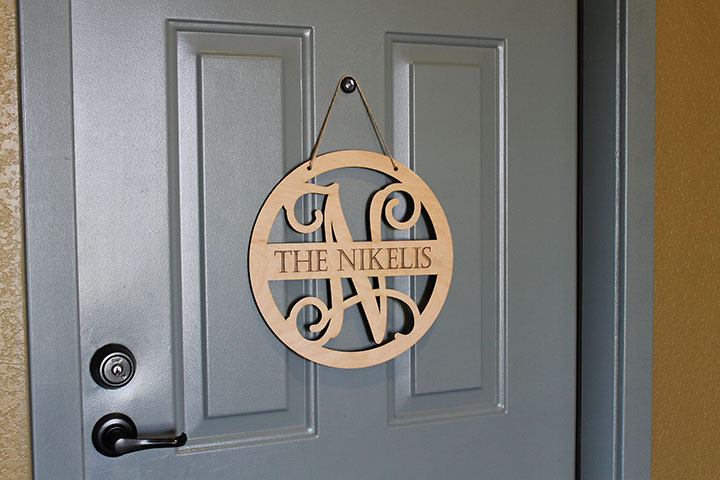 Personalized Front Door Sign | Nikelis