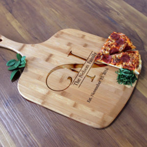 Personalized Pizza Peel | Nelson