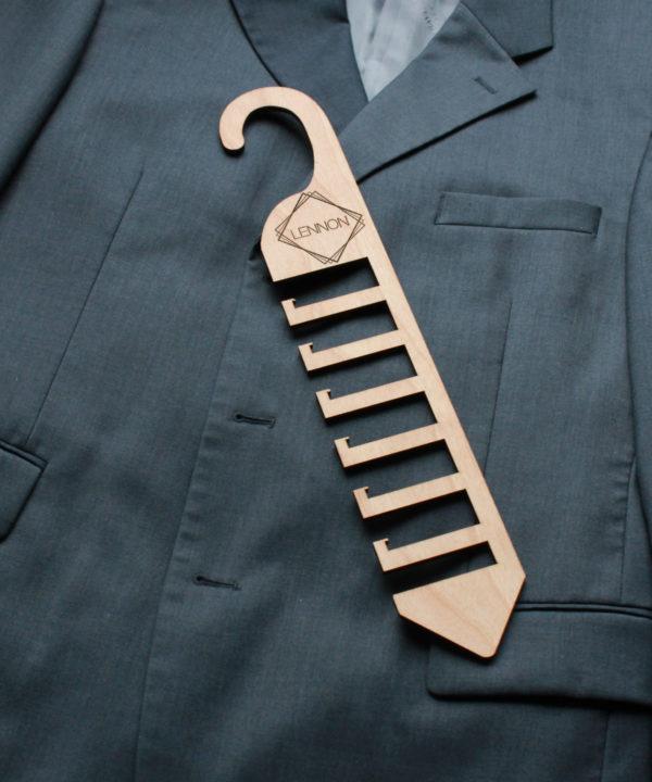 Personalized Wood Tie Rack   Lennon