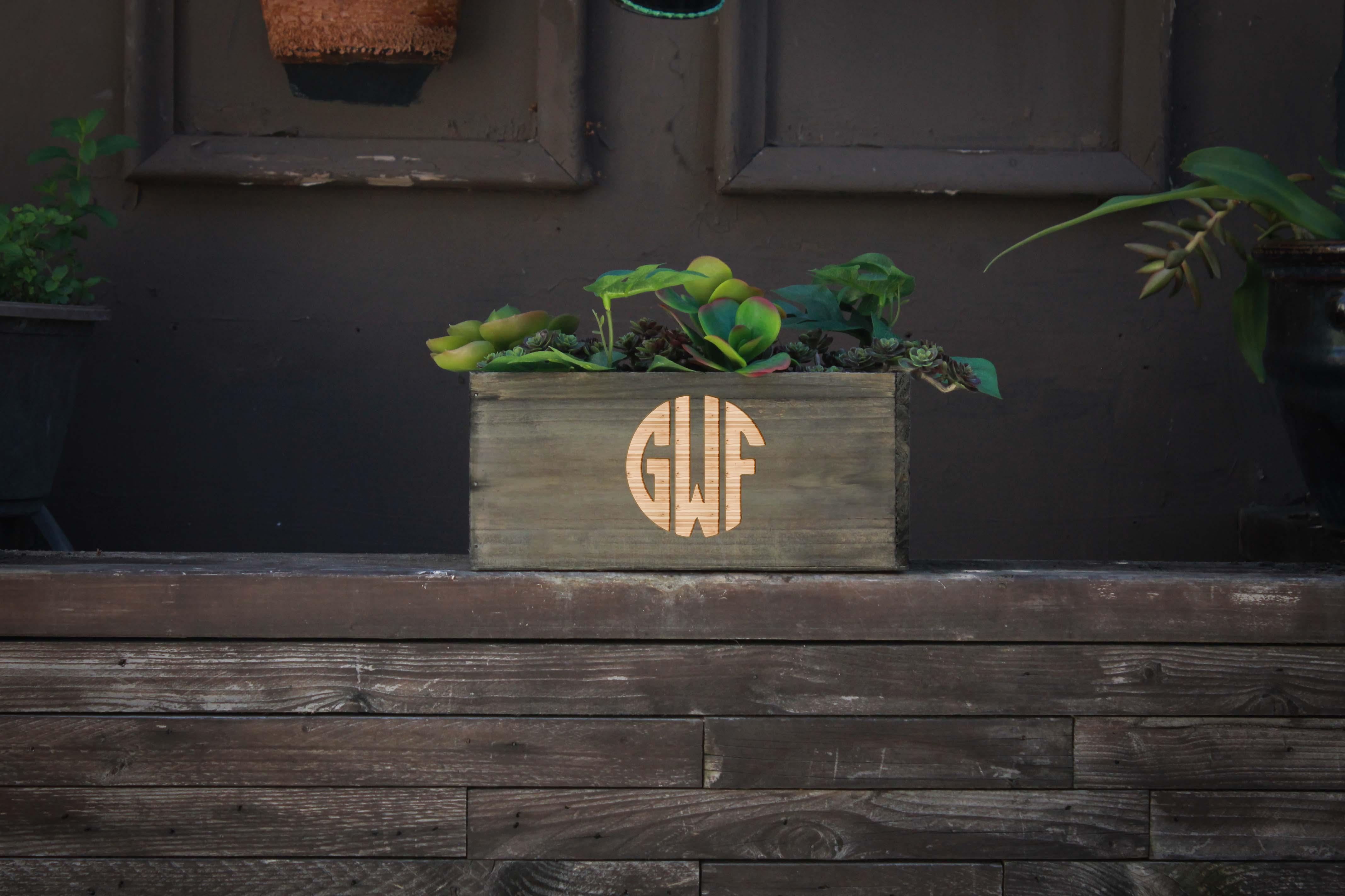 10 X 5 Personalized Planter Box   GWF