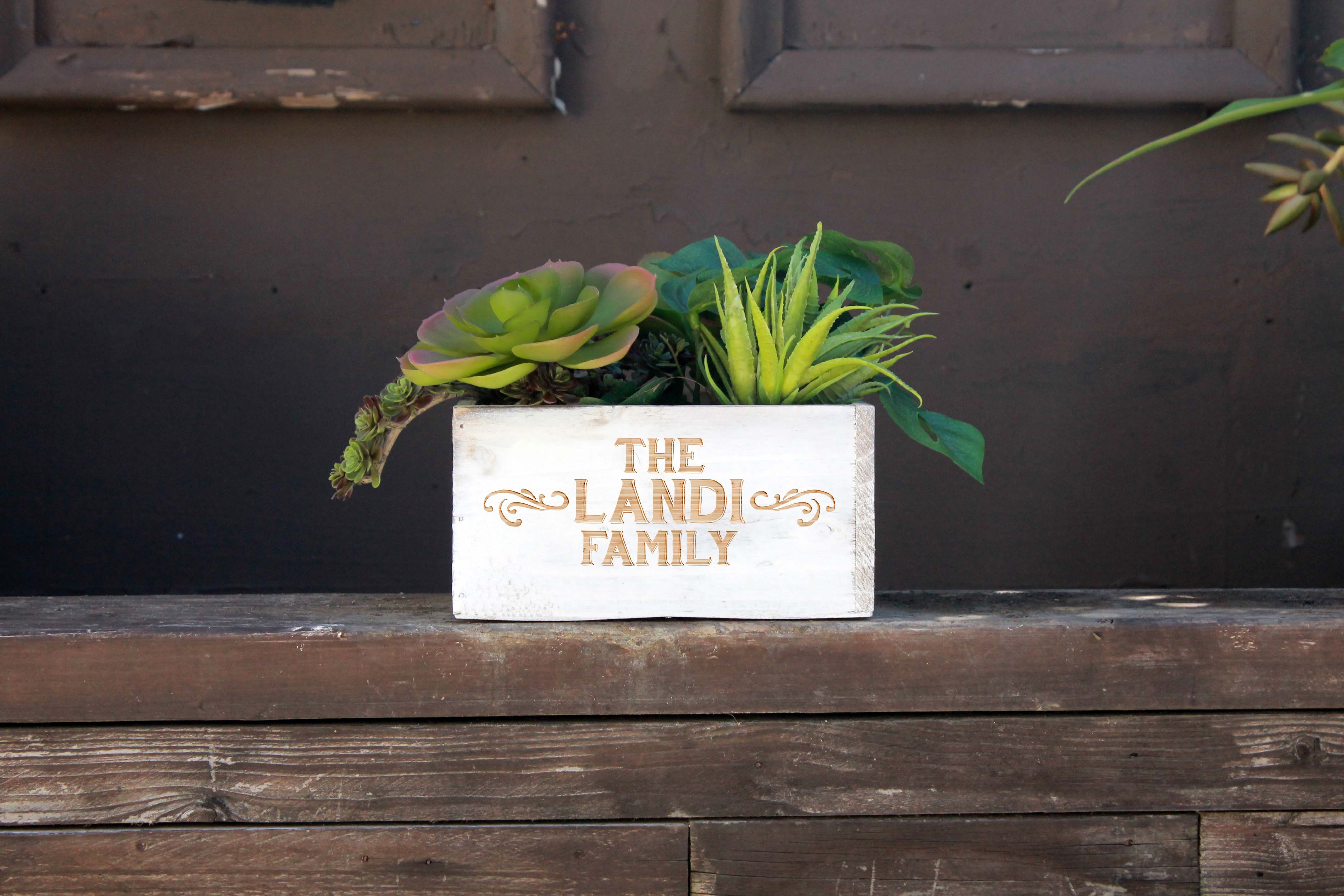 7 x 7 Personalized Planter Box | Landi Family