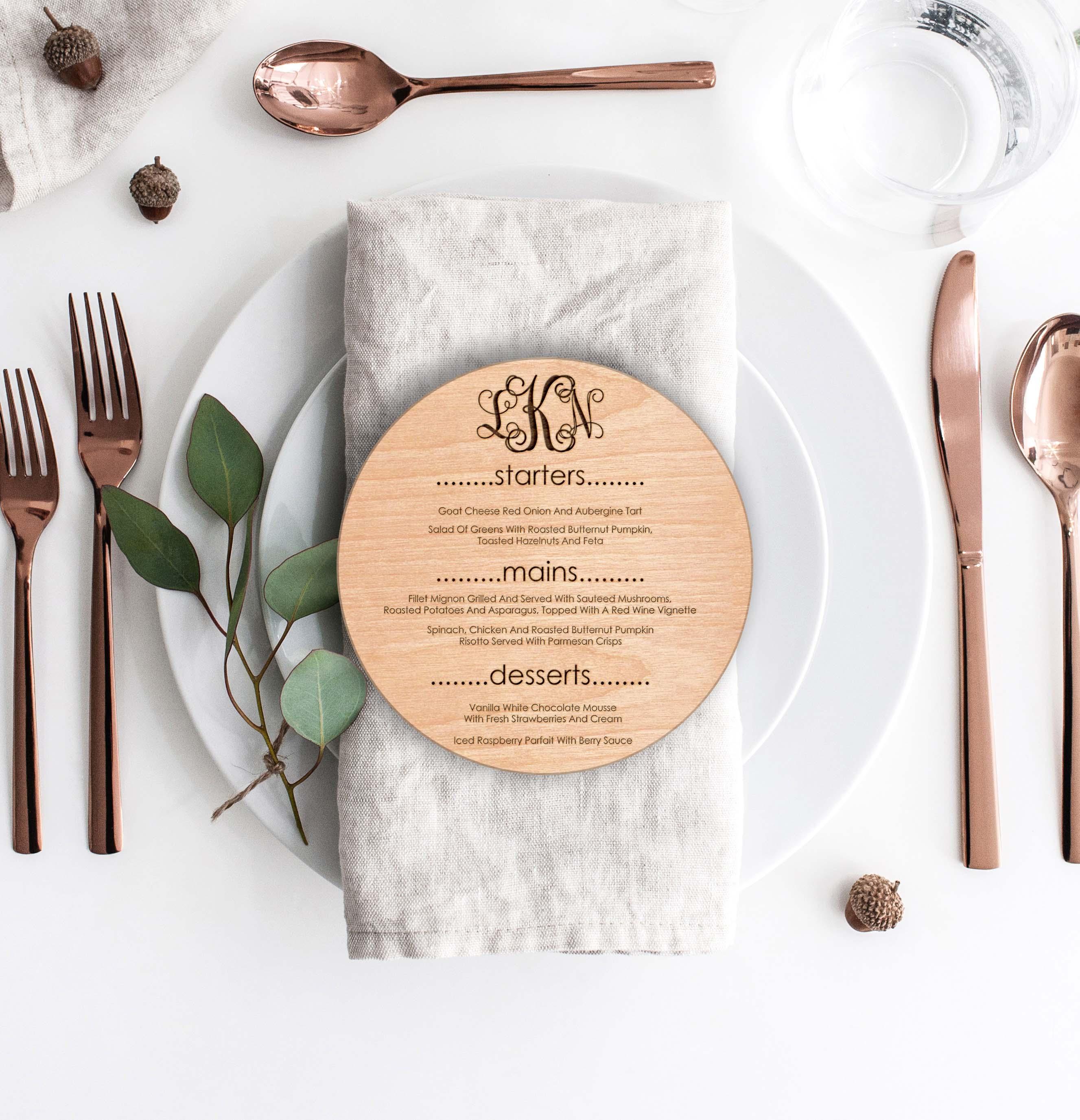 Wood Round Wedding Menu Card | Menu 4